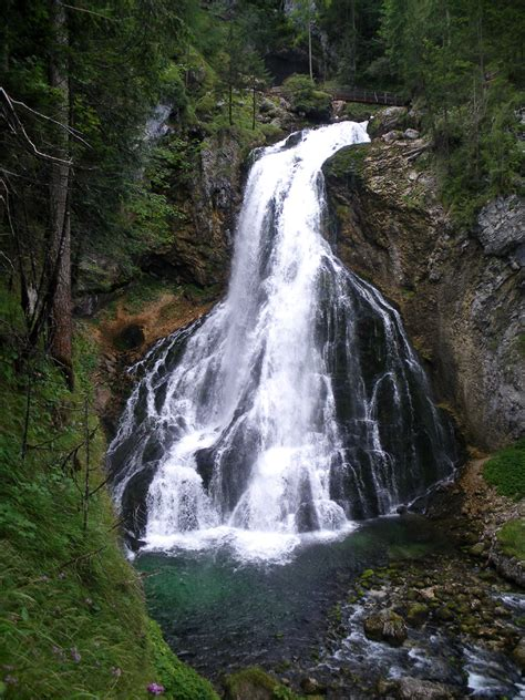 Tosender Wasserfall in Golling – Blog Apartments