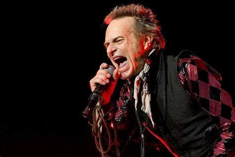 David Lee Roth 'Isolating' and Painting After Illness and