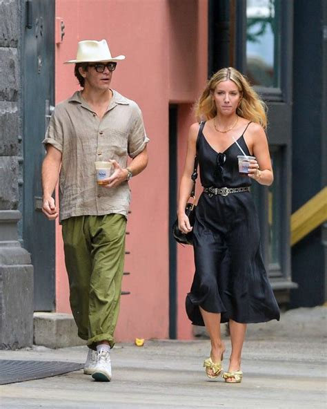 Annabelle Wallis And Chris Pine In NYC - Barnorama